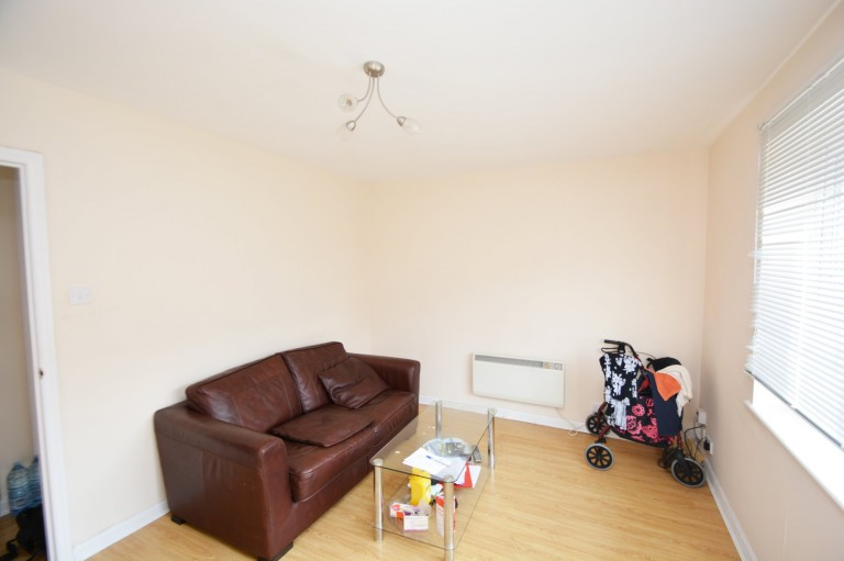 View Full Details for Torrington Drive, South Harrow - EAID:002be46d0bf97bc73866bba8221f9cc3, BID:1
