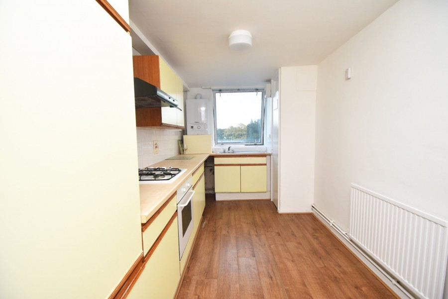 Images for Broomcroft Avenue, Northolt EAID:002be46d0bf97bc73866bba8221f9cc3 BID:1